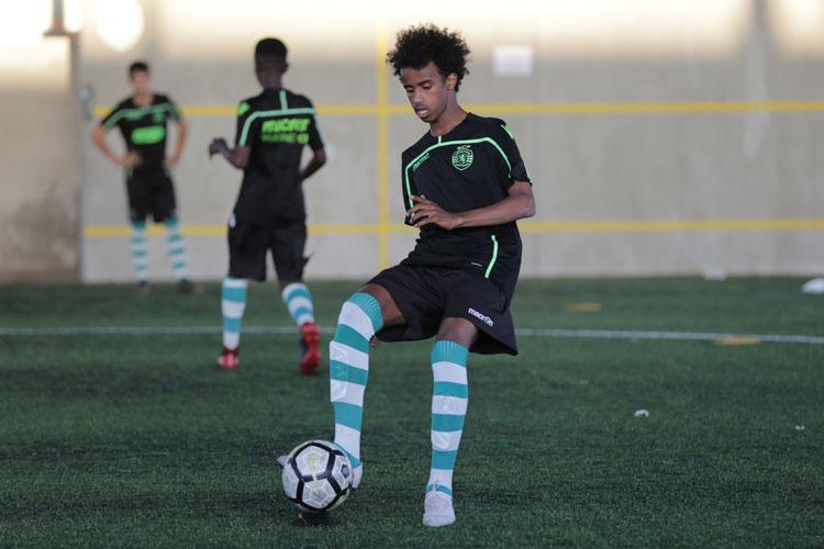 Bashir Bashiir til træning hos Sporting CP sidste år i Lissabon. Bashir er en af NF Scholarship-spillerne.